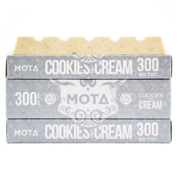 Mota - Cookies And Cream Chocolate Bar